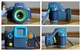 playskool-show-cam-2-in-1-digital-camera-and-projector